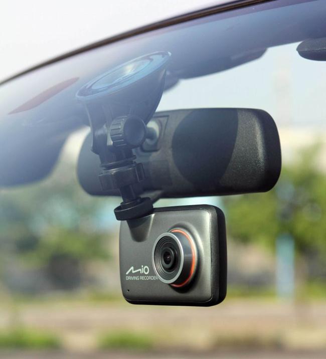 видеорегистратор автомобильный mdr 820hd